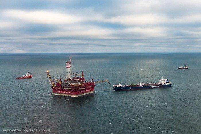Нефтяная платформа «Приразломная» (46 фото)