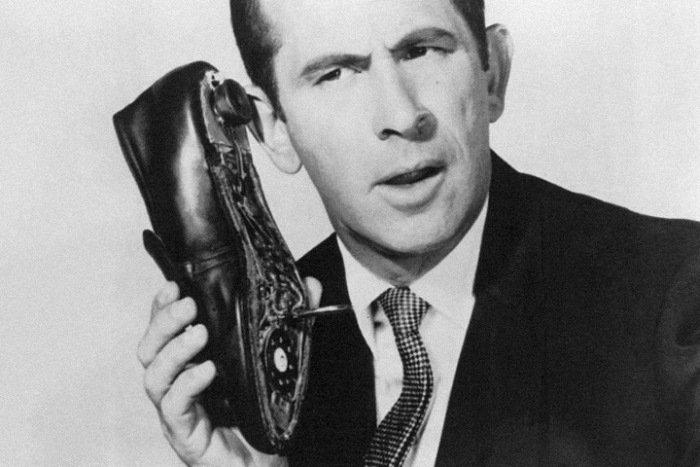 Реальные аналоги шпионских устройств Джеймса Бонда (13 фото)