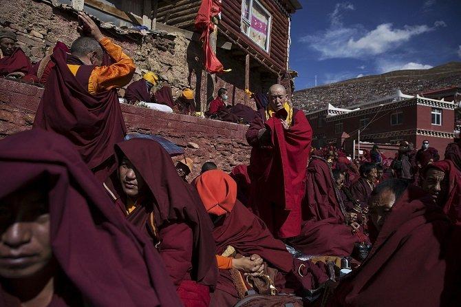 Обучение тибетскому буддизму в институте Ларунг Гар