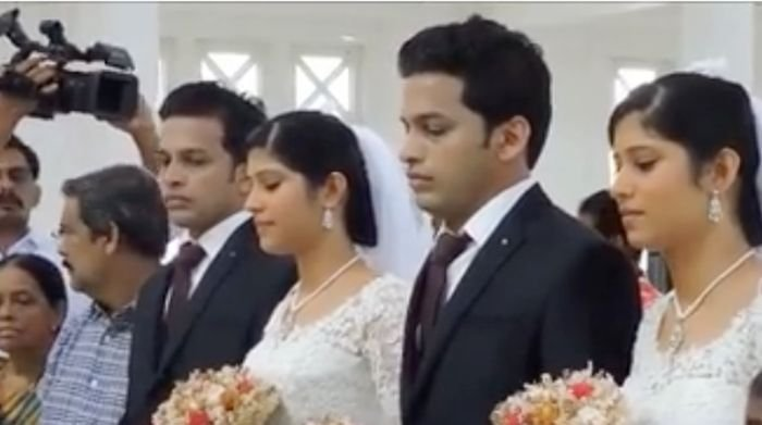 Уникальная свадьба близнецов (5 фото)