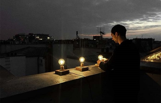 Левитирующая лампочка FLYTE, которая получает энергию из воздуха