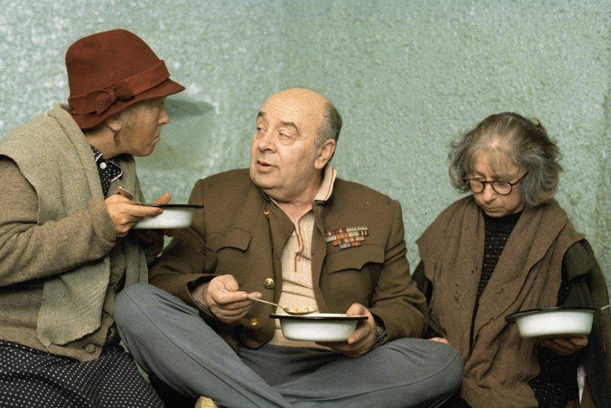 На днях известному кинорежиссеру Эльдару Рязанову исполнилось 88 лет