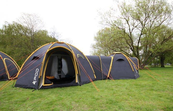 Палаточный городок (10 фото)