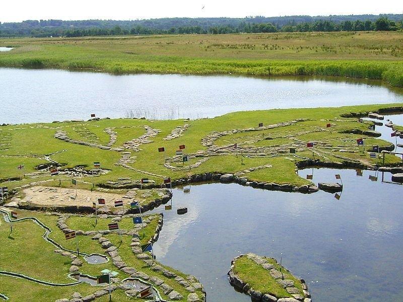 На озере Клейтруп есть карта мира площадью 4000 квадратных метров