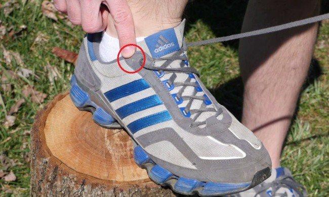 Для чего нужны отверстия в кроссовках