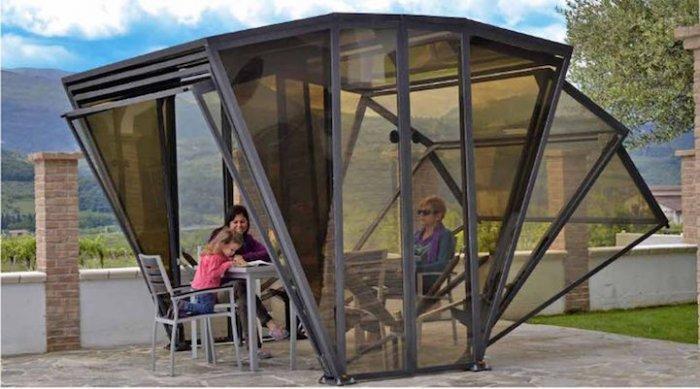 Прозрачный гараж (5 фото)