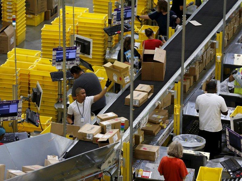 Склад компании Amazon