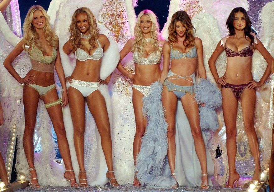 Модное шоу Victoria's Secret на протяжении 20 лет