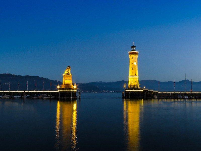 Необычные маяки