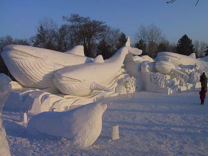 13 потрясающих скульптур из снега