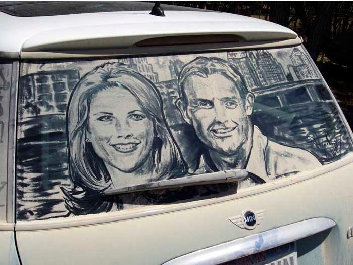 Искусство на грязных автомобильных стеклах