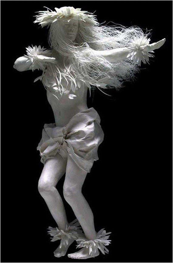 Потрясающие скульптуры из бумаги