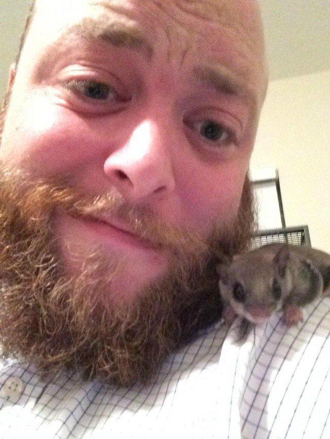 Обычный парень из Флориды решил спасти этого малыша, даже не зная, как за ним ухаживать