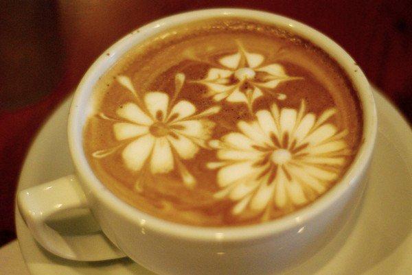 Кофе латте украшенные рисунками