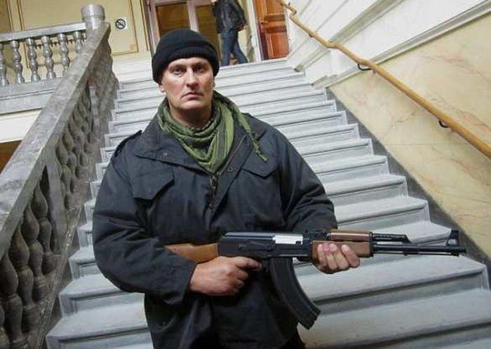 Героем Кельна стал хорватский кикбоксер, спасший девушек от пьяных арабов (4 фото)