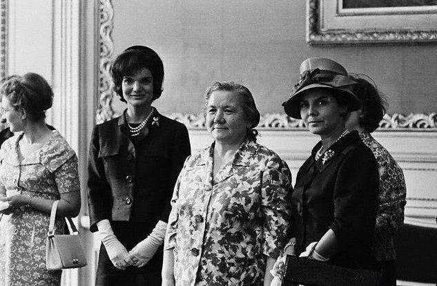 Модные ляпы первых леди, вошедшие в историю
