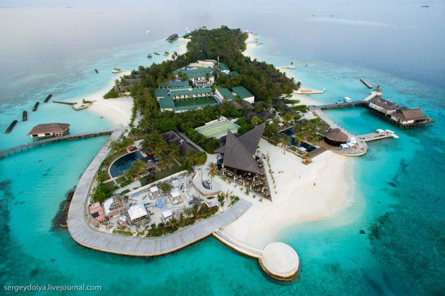 Отель-остров изнутри