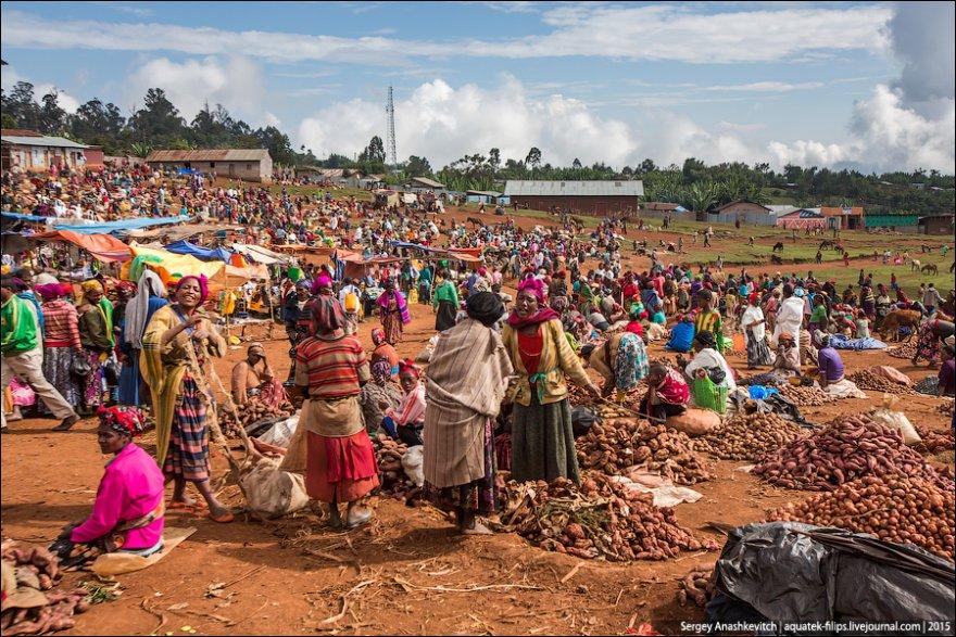 Колоритный рынок Эфиопии