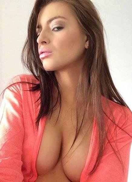 Красивые девушки, которым непросто смотреть в глаза (59 фото)