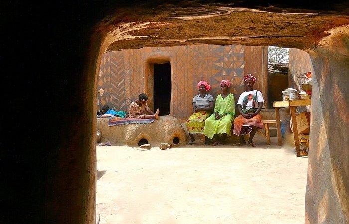 Деревня в Африке, где каждый дом — произведение искусства