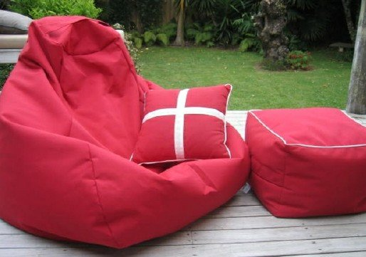 Как сделать кровать и кресло-грушу из полистирола своими руками