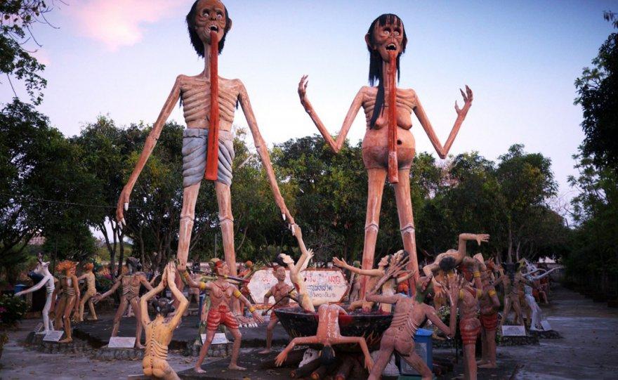 Самые страшные статуи