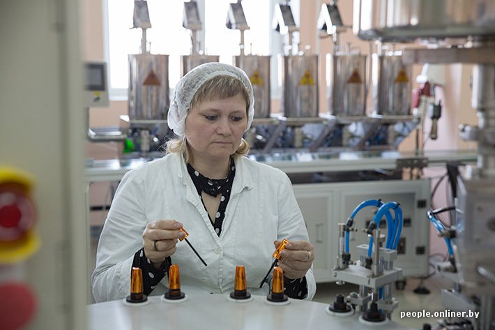 Как делают губную помаду и другую декоративную косметику в Беларусии
