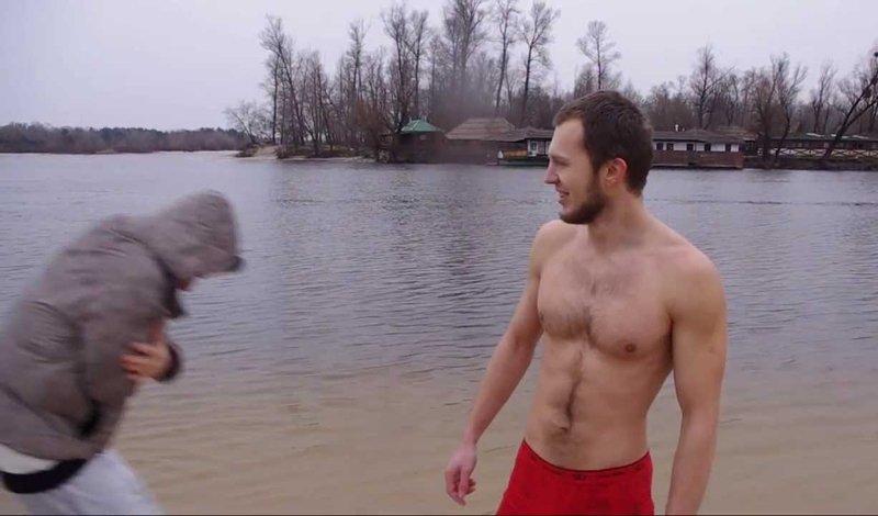 Как начать плавать в холодной воде