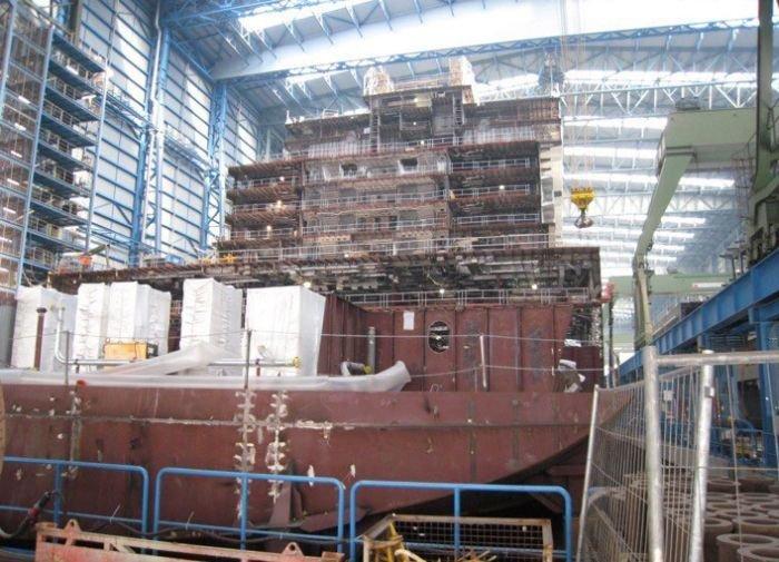 Как происходит строительство круизного лайнера на норвежской верфи (9 фото)