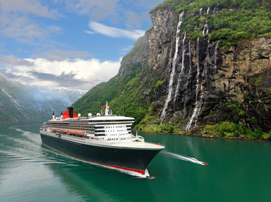 Идеальные профессии для путешественников и как их получить