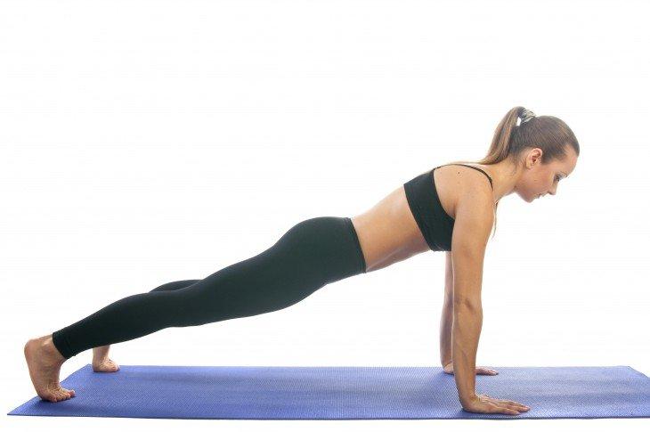 Cтройность животу вернут 5 несложных поз йоги