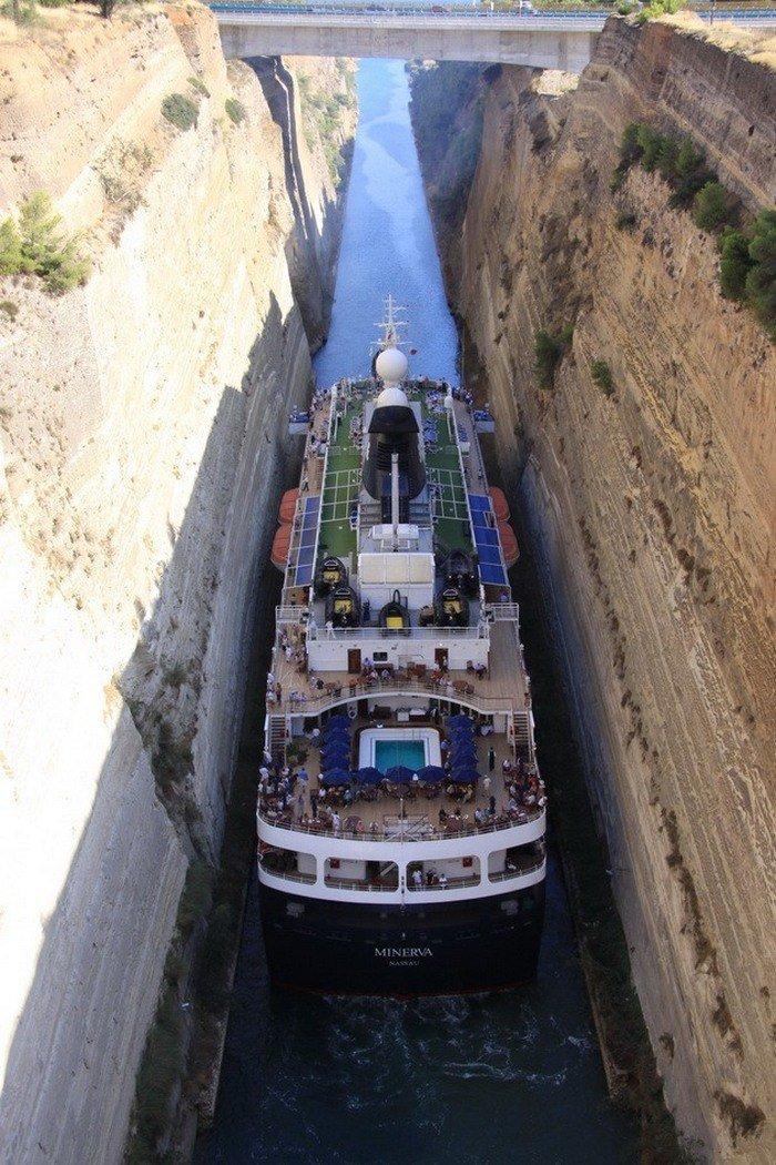 Самый удивительный канал, расположенный в Греции