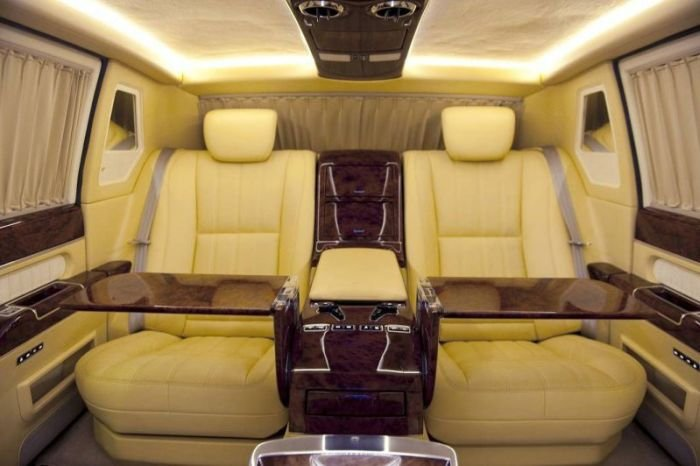 Выставлен на продажу президентский лимузин ЗИЛ-4112Р