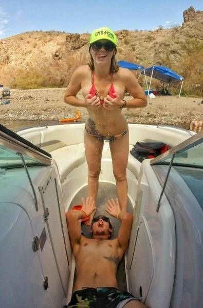 Подборка фотографий забавных девушек (61 фото)
