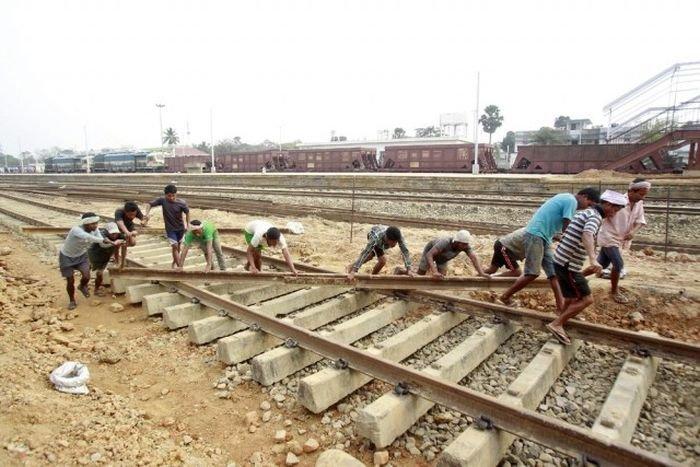 Повседневная жизнь граждан Индии в фотографиях (34 фото)
