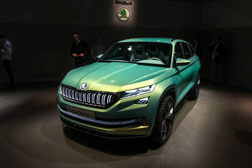 Открытие Женевского автосалона-2016