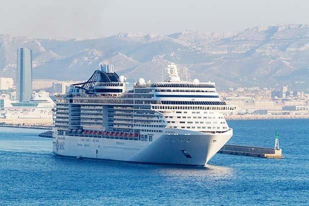10 самых больших круизных лайнеров мира