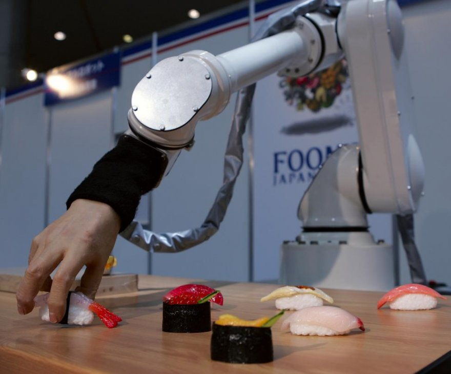 Гуманоидные роботы: почти такие же как люди