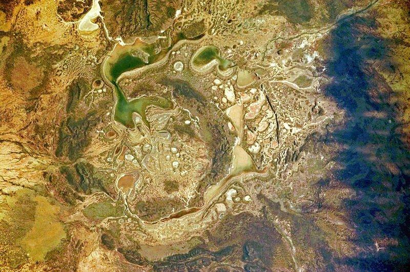 Подборка впечатляющих ударных кратеров на Земле