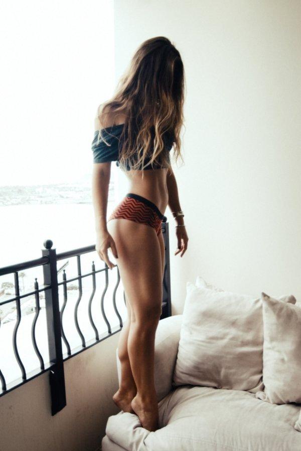 Красивые девушки (22 фото)
