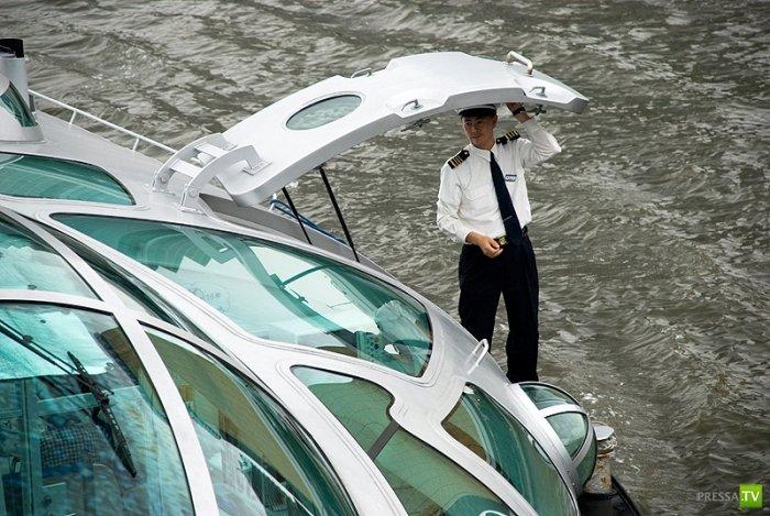Речной трамвайчик в Японии