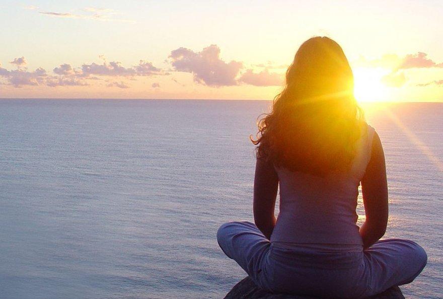 Причины, по которым нам иногда необходимо посидеть в тишине
