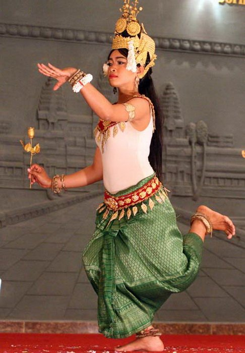 Танцовщицы неземной красоты, рожденные индийскими преданиями о полубогинях-куртизанках