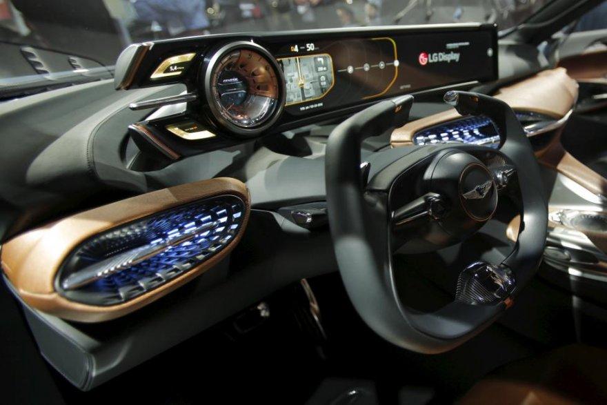 Автосалон в Нью-Йорке 2016