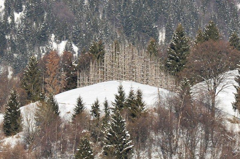 Храм в Италии из живых деревьев