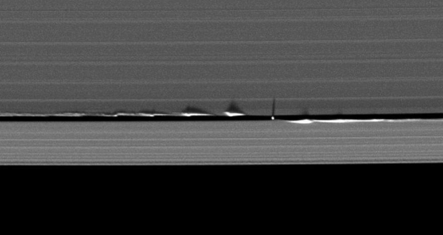 Удивительные фотографии Сатурна