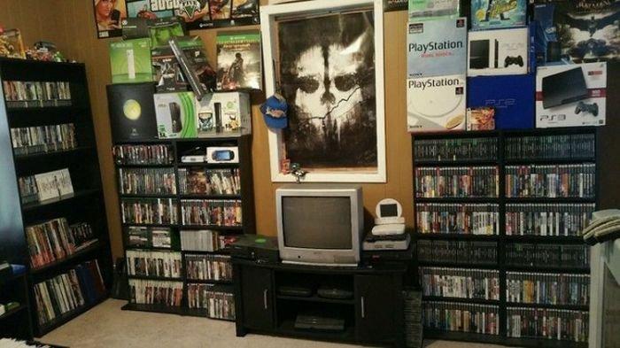 Выставлена на продажу коллекция из более чем 3000 видеоигр за 150 000 долларов (7 фото)
