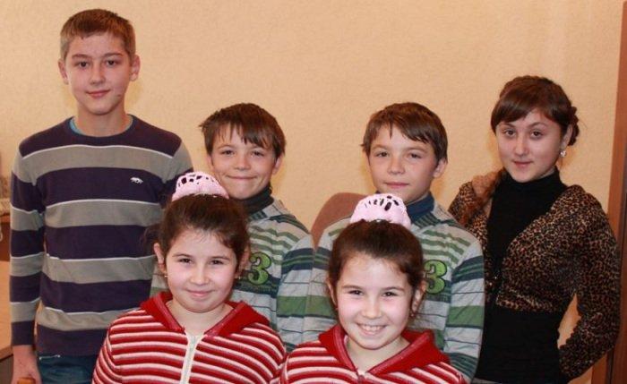 Украинская деревня, где живут более сотни близнецов