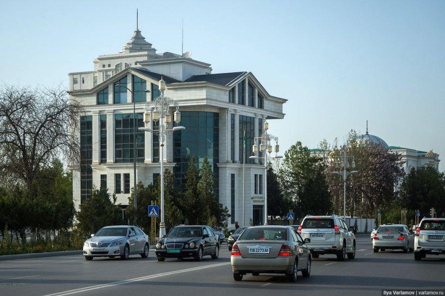 Необычная архитектура Ашхабада