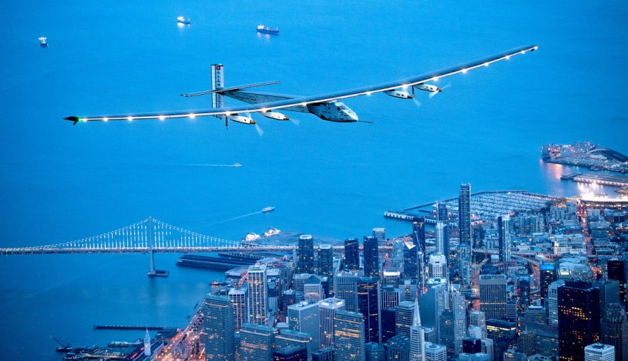 Необычный самолёт на солнечных батареях «Солнечный Импульс-2»